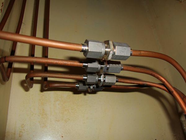 nierdzewne drzwiczki gazowe do montażu